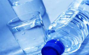 Употребление кипяченой и бутилированной воды