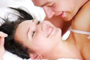 Основным путем передачи хламидий является незащищенный сексуальный контакт