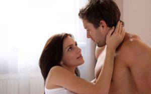 Сексуально активные мужчины в возрасте 15-24 лет