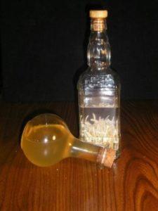 Спиртовая настойка на чесноке