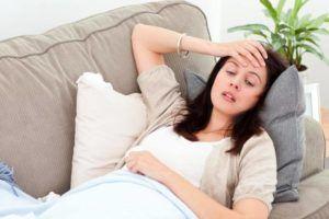 Слабость и головокружение - признаки побочных эффектов от приема препаратов