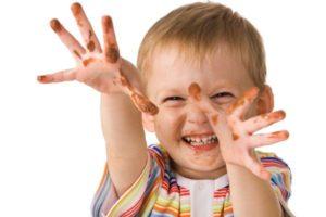 У ребенка до двух лет защитные барьеры еще слабо развиты